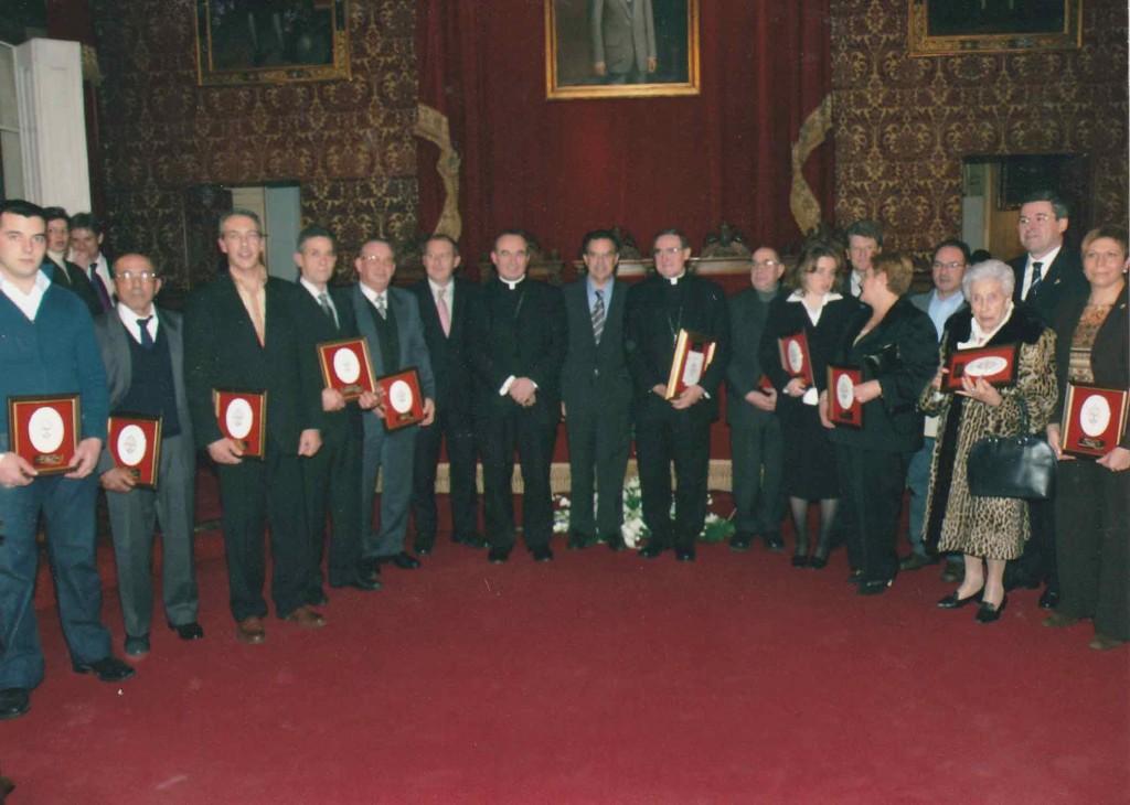 MedallaFidelidad2004-2